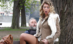 Old Dirty Man Paid Young Slut and Fucked her in the Central City Park