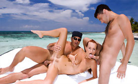 Travel Guide Embellished Honeymoon for this Love Couple with Awesome Threesome
