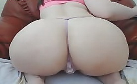 Big  Butt Girl Fingering Herself