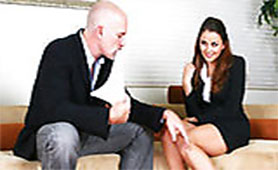Dirty Boss Ordered his Hot Young Secretary To Put his Old Huge Dick in her Sweet Mouth