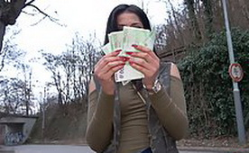 Easy Earned Money For Beautiful Amateur Girl