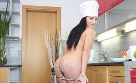 My Fiance Plays With Cucumber in the Kitchen - XXX Homemade Videos