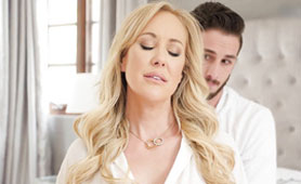 Starving Stepmom for Young Fresh Cock Getting Multiple Creampie