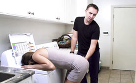 Naughty Wife Riley Reid Makes a Threesome Surprise for Her Husband