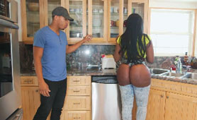 Huge Ebony Ass Gets Drilled By Her Young Neighbour